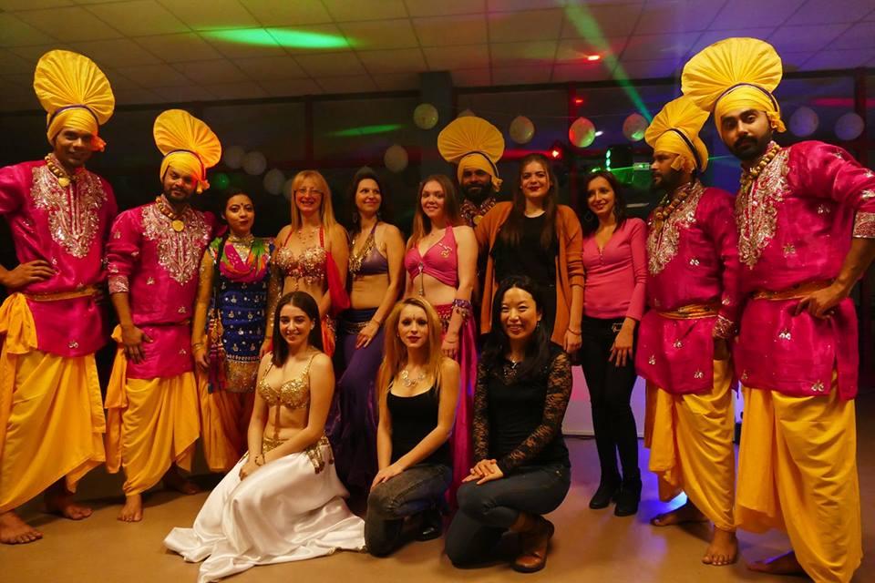 Agir Ensemble AGS et sa Soirée Bollywood : Un grand succès à Montceau-les-Mines - MowXml